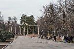 Бишкектеги Курманжан датка аллеясы. Архивдик сүрөт