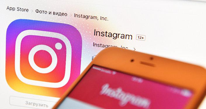 Иконка социальной сети Instagram. Архивное фото