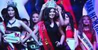 Красавицы ходили по подиуму — в Бишкеке выбрали  королеву красоты