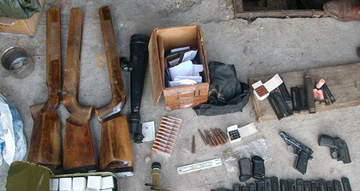 Возбуждено уголовное дело по статье 241 Незаконные приобретение, передача, сбыт, хранение, перевозка или ношение огнестрельного оружия, боеприпасов, взрывчатых веществ и взрывных устройств Уголовного кодекса КР.