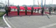 Ош облусунун Кара-Суу районуна караштуу Фуркат айылынын айланма жолуна бийиктиги 45 метрлик флагшток орнотулду