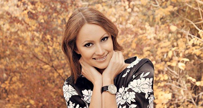 Журналистка из Кыргызстана , работающая у Андрея Малахова Елена Полякова. Архивное фото