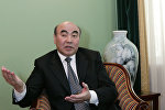Архивное фото первого президента КР Аскара Акаева