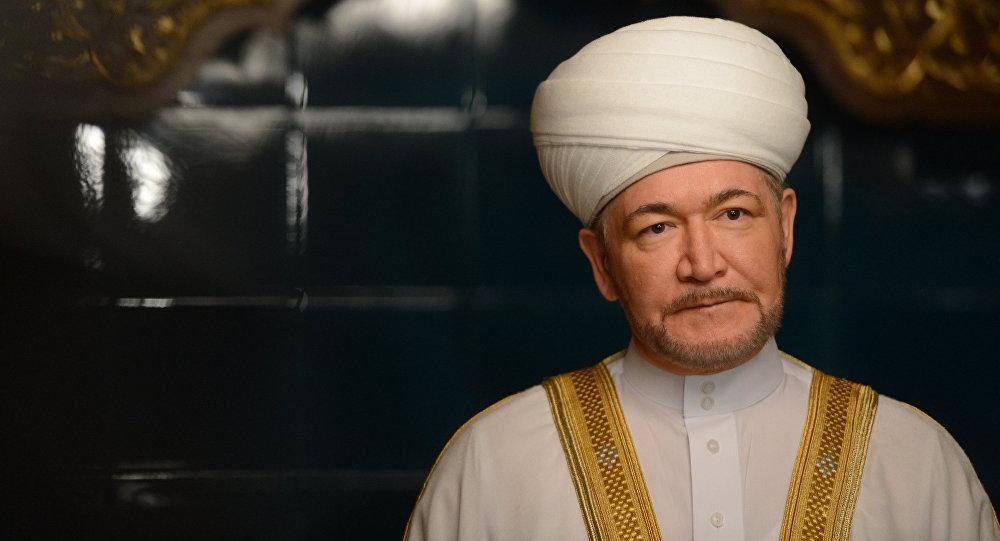 Архивное фото председателя совета муфтиев России Равиля Гайнутдина