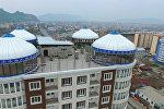 В южной столице на крыше многоэтажки появились юрты, сообщил региональный корреспондент Sputnik Кыргызстан.