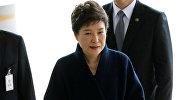 Президент Южной Кореи Пак Кын Хе в прокуратуре Сеула