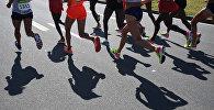 Спортсмены в женском марафоне. Архивное фото