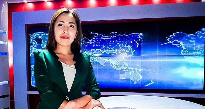 Журналистка телеканала ГТРК ЭлТР Гулжан Турдубаева. Архивное фото