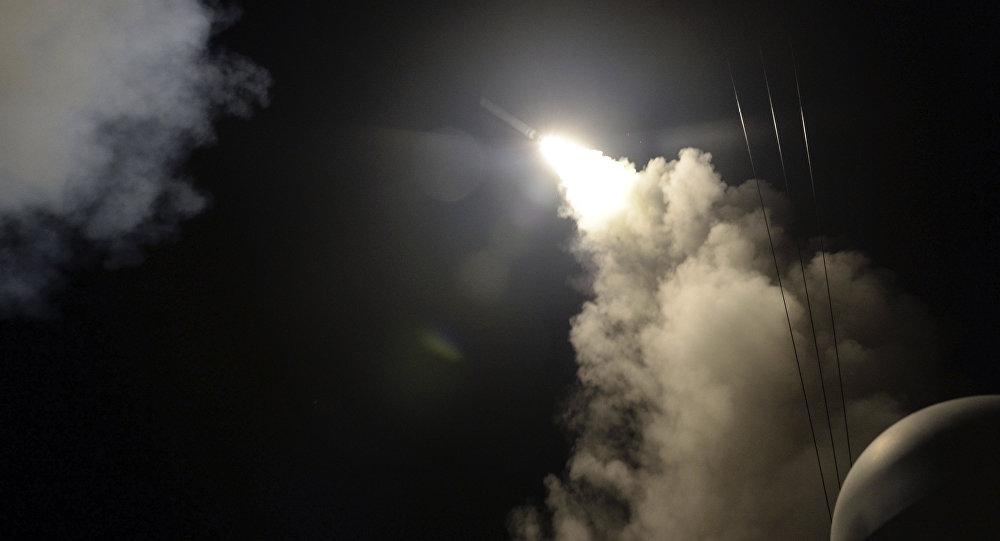Исламские боевики изгруппировки напали насирийские позиции одновременно сракетным ударом США