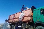 Ысык-Көл облусундагы Тору-Айгыр айылынын жаштары өз алдынча демилге көтөрүп, айылды толугу менен таштандыдан тазалап чыгышты
