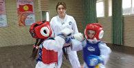 Дочь мигрантов открыла школу таэквондо — как чемпионка содержит семью