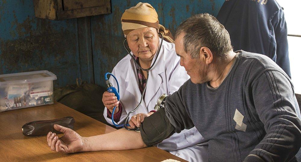 Оказание медицинской помощи. Архивное фото