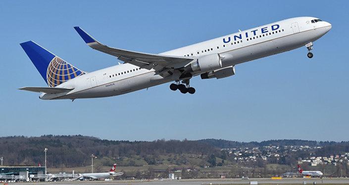 Самолет компании United Airlines. Архивное фото