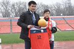 LIVE: встреча Урмата Мырсаканова с членами сборной КР по футболу