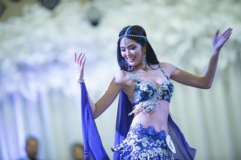 19-летняя студентка Бегимай Карыбекова стала победительницей конкурса Мисс Кыргызстан — 2017, прошедшего в Бишкеке. В этом году за титул Мисс Кыргызстан — 2017, шагая по подиуму на высоких шпильках, боролись 17 девушек. Девушка выиграла путевку на Мисс Мира, корону и 100 тысяч сомов