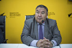 Экономист, коомдук ишмер Жумакадыр Акенеевдин архивдик сүрөтү