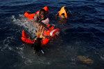 Африкалык мигранттар. Архивдик сүрөт