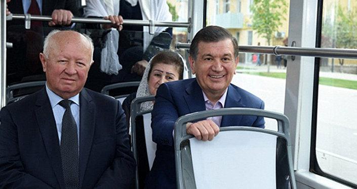 Церемонии открытия новую трамвайной ветки в Самарканде