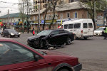 Бишкекте жеңил унаа менен маршрутканын кыгылышуусунан кийин. Архивдик сүрөт