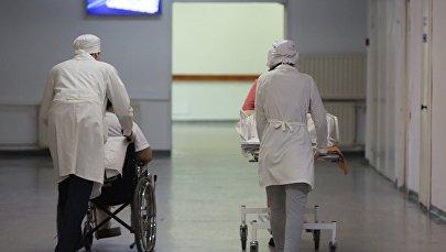 Сотрудники скорой помощи. Архивное фото