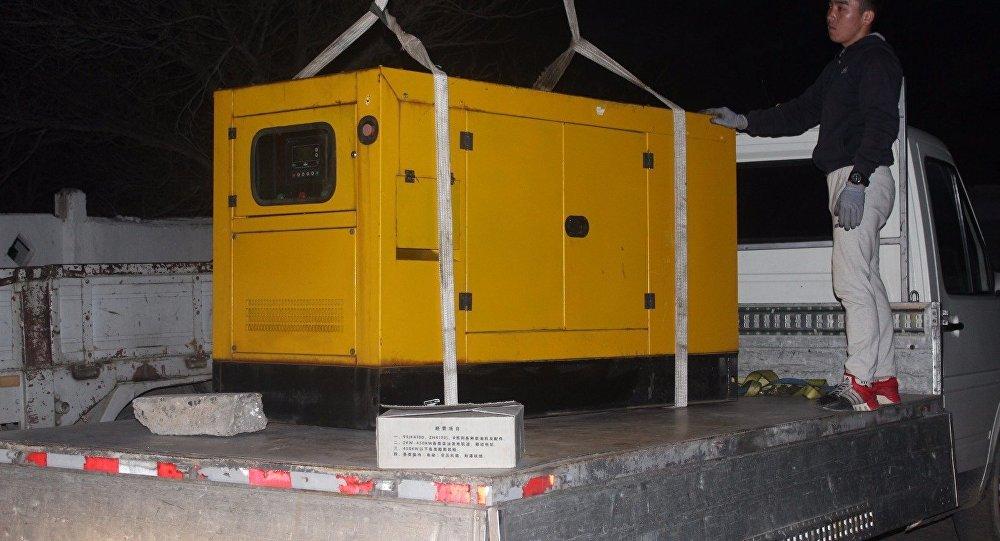 Депутат Балыкчинского горкенеша Сагын Кудайбергенов на собственные средства купил дизельный генератор для городского центра гемодиализа