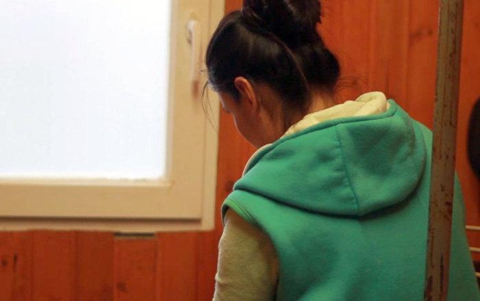 Гулсанай Мажидова, которая вместе с младенцем пережила зиму в вагончике в Москве