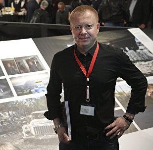Фотожурналист Sputnik, многократный лауреат ведущих международных конкурсов мира Валерий Мельников на открытии выставки победителей World Press Photo в Амстердаме.