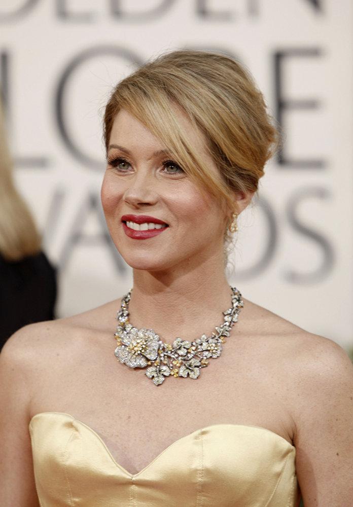 В 2009 году звание самой-самой присудили звезде сериала Кто такая Саманта? Кристине Эпплгейт