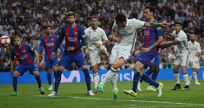 Барселона клубу Испания биринчилигинин алкагында мадриддик Реалды утуп алды.