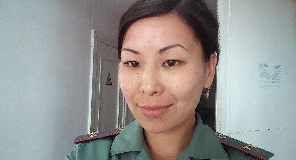 Архивное фото сотрудника пресс-службы Министерства Чрезвычайных ситуаций Кыргызстана Элмиры Шериповой