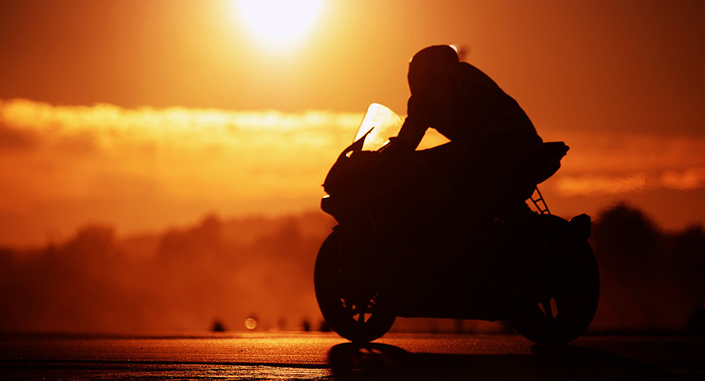 Мотоциклист. Архивное фото