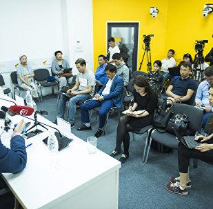 Пресс-конференция на тему Граждане требуют усилить безопасность на дорогах после ДТП со школьниками