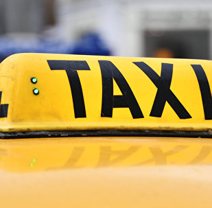 Шашка на автомобиле такси. Архивное фото
