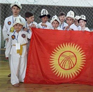 Кыргызстандык өспүрүм таэквондочулар Казакстанда өткөн эл аралык турнирде 33 медалга ээ болушту