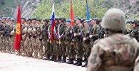 Военнослужащие на церемонии открытия учений стран ОДКБ. Архивное фото