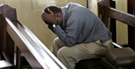 Мужчина в церкви в Танзании. Архивное фото