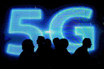 Логотип сети 5G на Mobile World Congress в Барселоне, 1 марта 2017