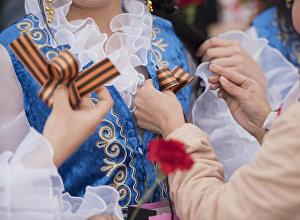 Георгиевская ленточка в честь празднования Дня Победы в ВОВ