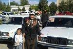 Баткен шаарында Улуу Ата Мекендик согуштун эки ардагерине темир тулпар мингизди