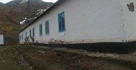 Последствия землетрясения в селе Шибээ