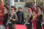 Түндүк Корея лидери Ким Чен Ын Корея элдик армиясынын артиллериялык бөлүктөрүн кыдырып көрүп, аскерлерин биринчи эле команда берилгенде душмандын катыгын берүүгө даяр турууга чакырды