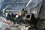 Пожарные МЧС РФ тушат возгорание в выселенном здании, которое расположено на Лубянском проезде в центре Москвы, огонь охватил площадь в 500 квадратных метров, сообщает столичный главк МЧС.
