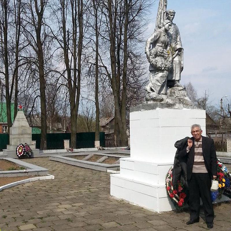 Памятник павшим воинов ВОВ в городе Демидов. Россия