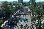 Как это было: Бессмертный полк в Бишкеке с высоты птичьего полета