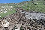 Ош облусунун Кара-Кулжа районунда 9-май саат 9:00 чамасында Ылай-Талаа айыл аймагынын Шаркыратма айылында болжол менен 20 миң кубметр жер көчкү түштү