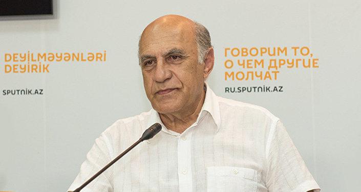 Политолог из Азербайджана Фикрет Садыхов. Архивное фото