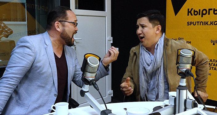 Назарбаев замолчал, когда я запел — этих кыргызстанцев слушают президенты