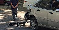 ДТП с участием внедорожника и легковой машины около первомайской районной прокуратуры в Бишкеке