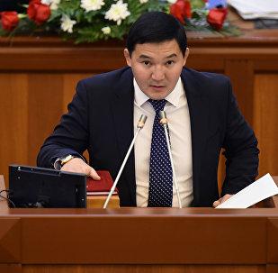 Архивное фото депутата ЖК 6 созыва Асылбека уулу Дамирбека от фракции Кыргызстан