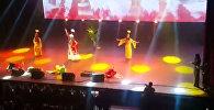 Кыргызский танец от украинки — кадры с конкурса красоты в Дубае